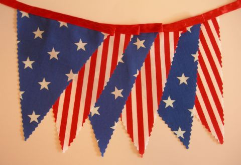 BUNTING - American Style - Thanksgiving - 'Stars & Stripes' on Red Ribbon - 3m, 5m or 10m